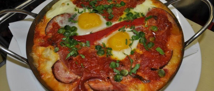 Huevos flamencos