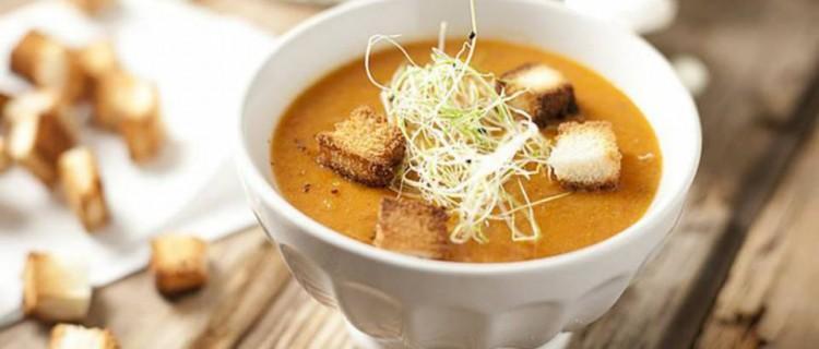 Sopa de jamón ahumado y frijol