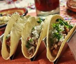 Tacos de carnitas estilo Michoacán